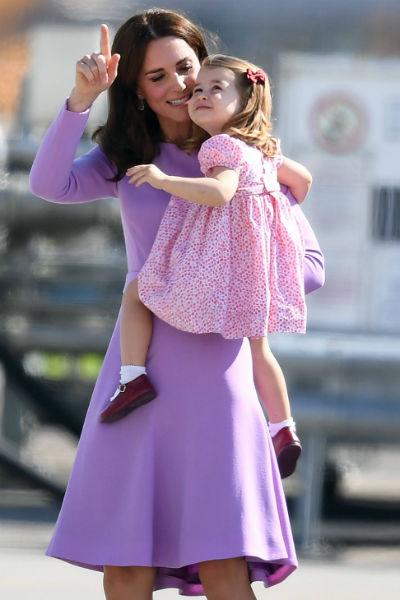 Шарлотта и Кейт часто появляются на публике в похожих нарядах
