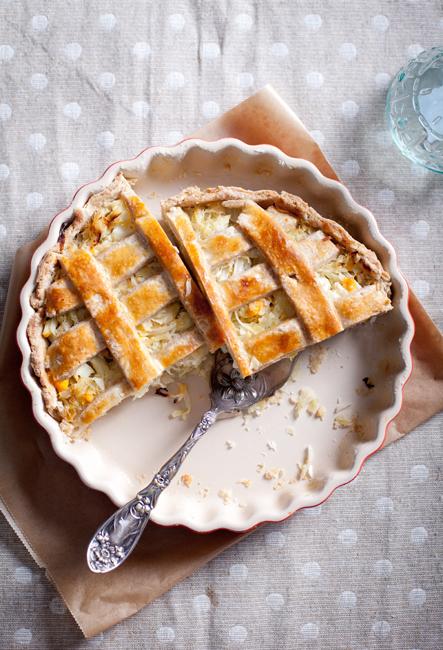 Пирог с капустой на сметанном тесте