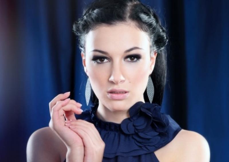 Настя Приходько обозвала мерзавцами коллег, гастролирующих в РФ с концертами