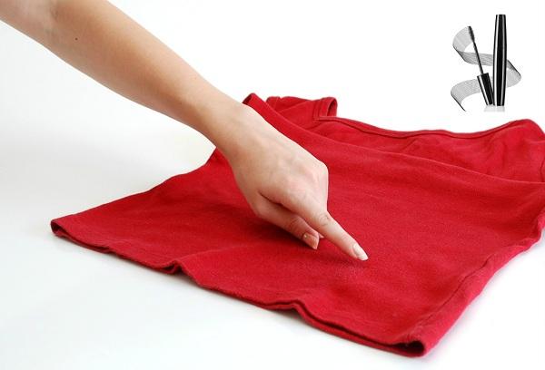 Чем и как можно отстирать водостойкую тушь для ресниц с белой и цветной одежды?