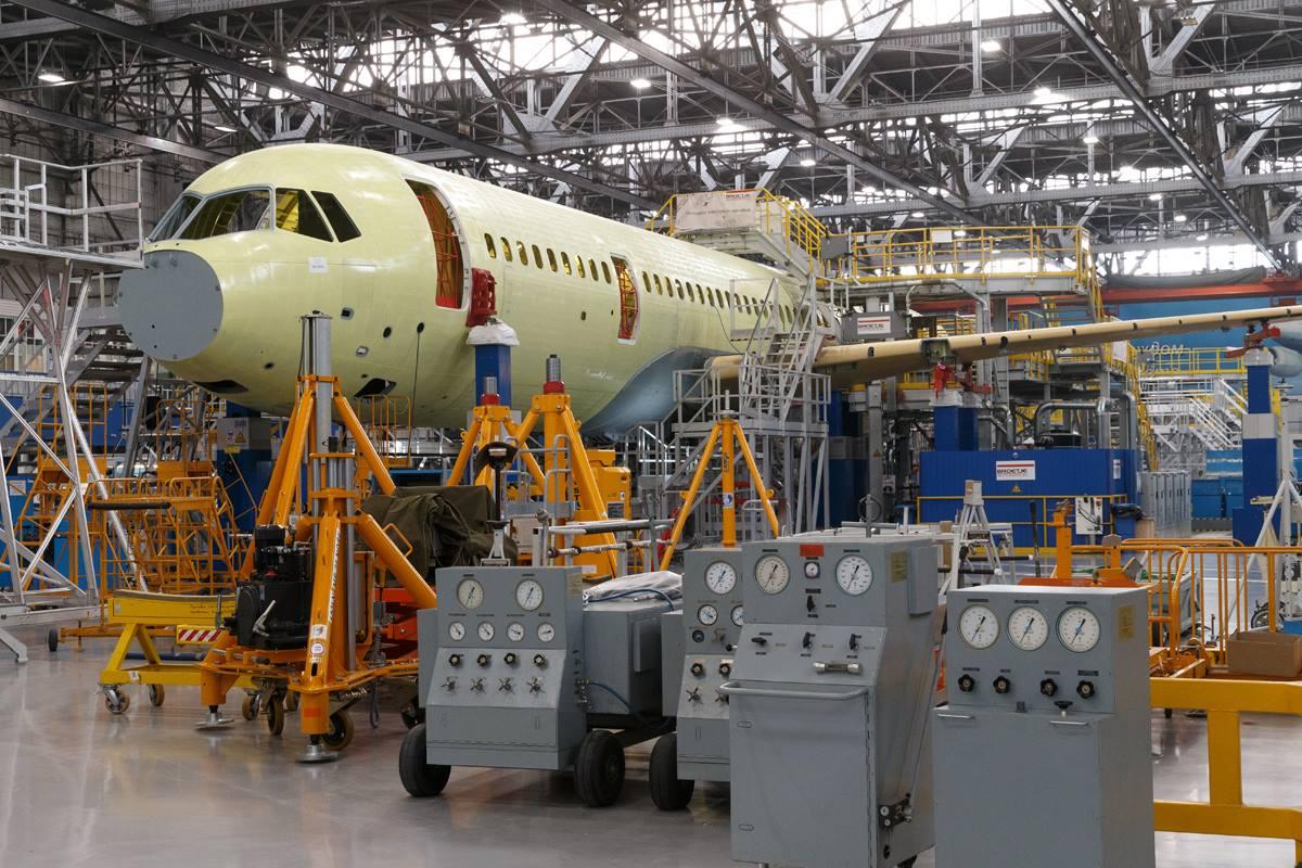 Сроки серийного производства самолета МС-21 сдвигаются из-за санкций
