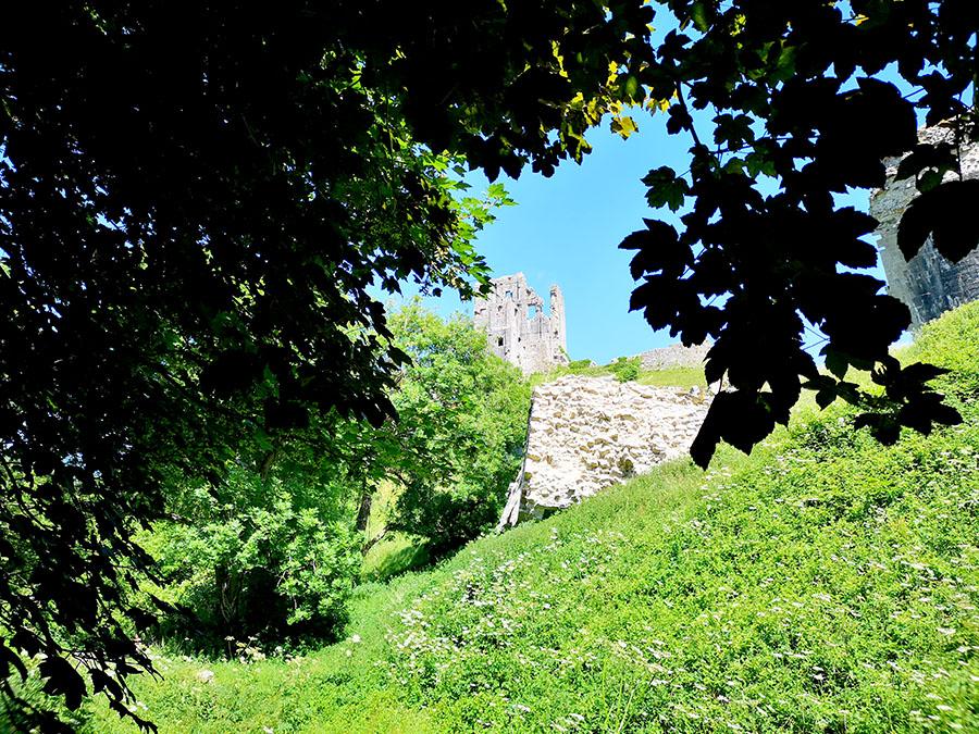 Замок Корф (Corfe Castle) – Одно Из Самых Загадочных Мест Графства Дорсет