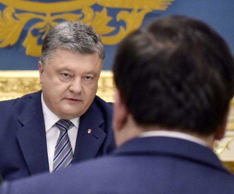 Саакашвили вылил очередную порцию помоев на Порошенко, обнародовав новую порцию компромата на гаранта