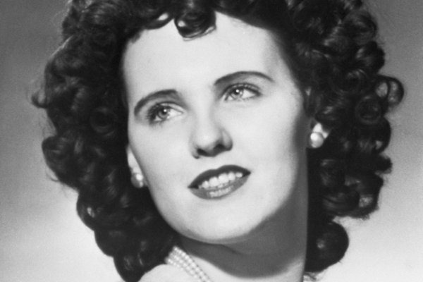 Черный георгин: как убийство Элизабет Шорт превратилось в культурный феномен, про который снимают кино и пишут музыку