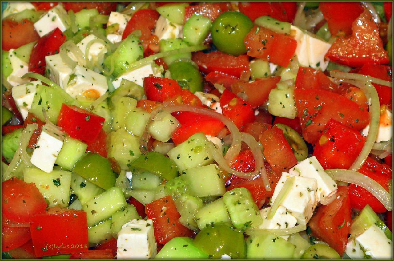 Как сделать салат с фетаксой