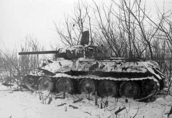Танк в болоте: как трясинная ловушка превратилась в укрепление