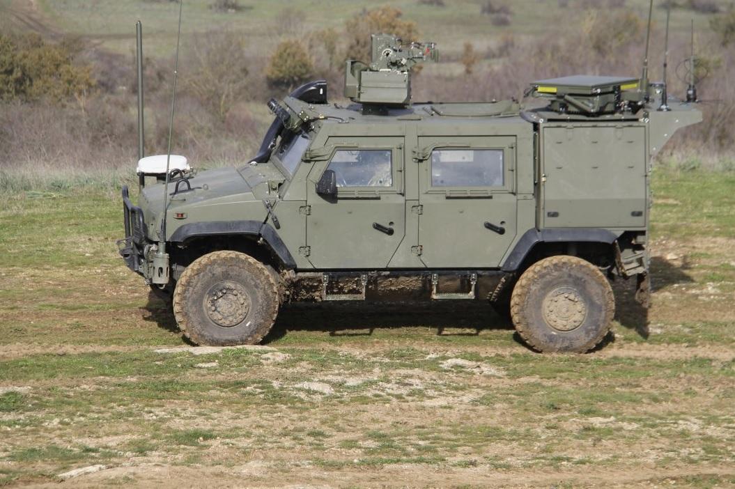 Итальянская армия получила первые бронированные машины LMV 2