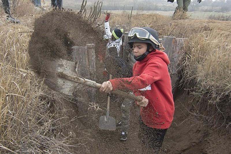 VG (Норвегия): на Украине дети из детского дома копают окопы