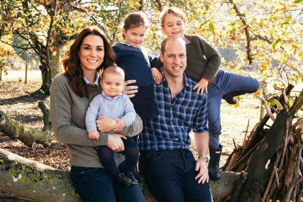 Британцы любят семью принца Уильяма, считая Кейт Миддлтон идеальной матерью