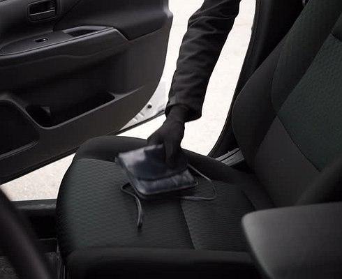 Как грабят водителей в сильный мороз.