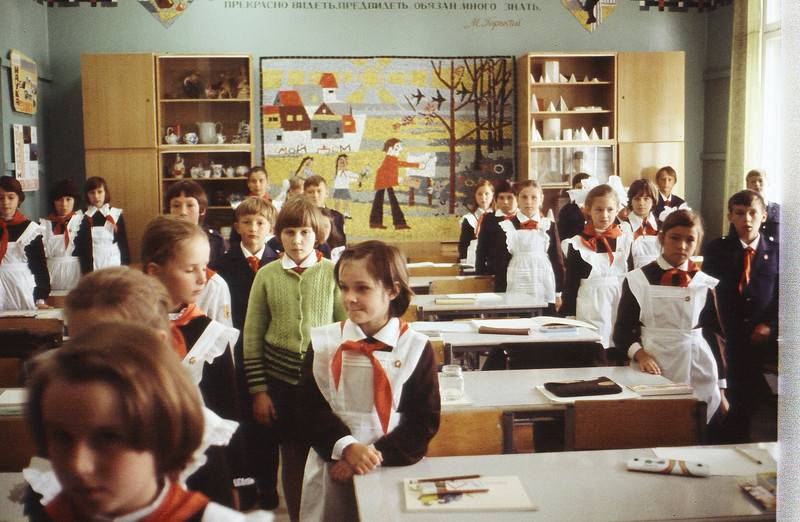 О «деградации» подрастающего поколения России