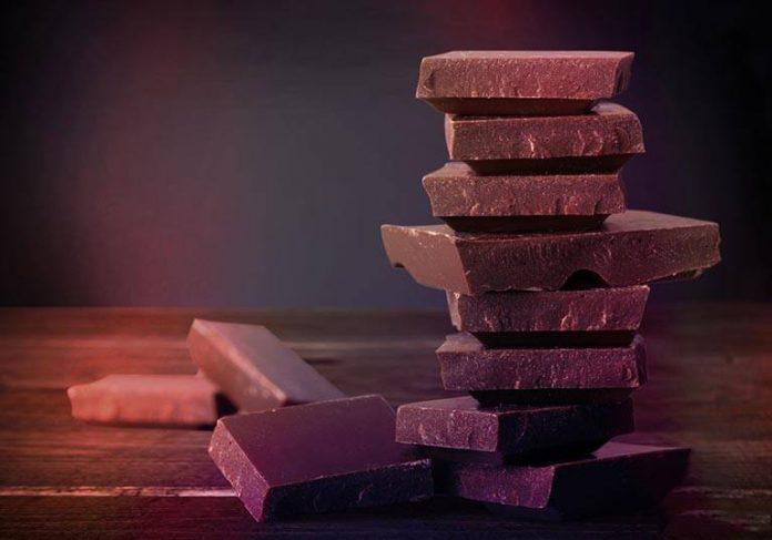 Новые исследования предполагают, что те, кто ест шоколад на завтрак, худеют и увеличивают умственные способности