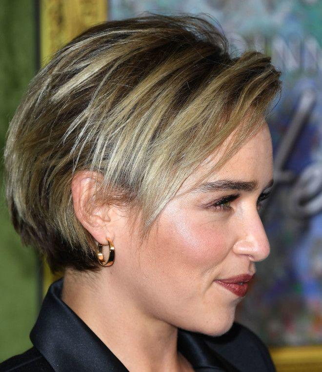 Модная челка 2019 для коротких волос Эмилия Кларк