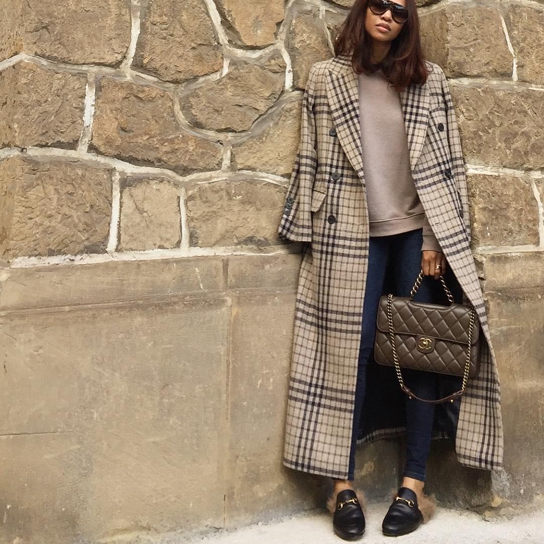 С чем носить и как «обыграть» длинное пальто