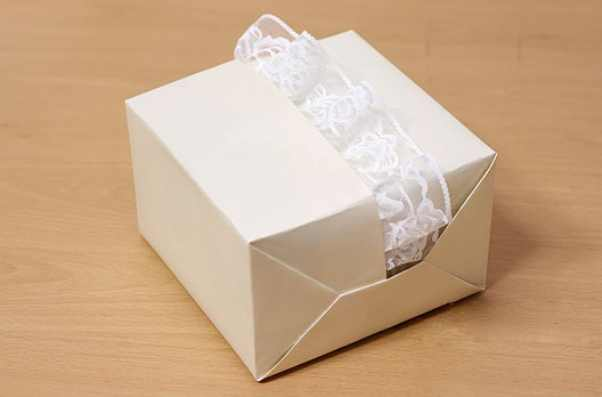 Упаковка подарка на свадьбу своими руками 54