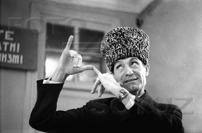 Великий чеченский танцор Махмуд Эсамбаев и его еврейская мама