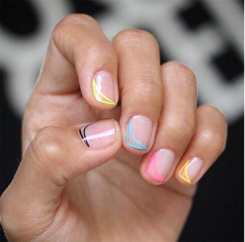 Маникюр с разноцветной окантовкой