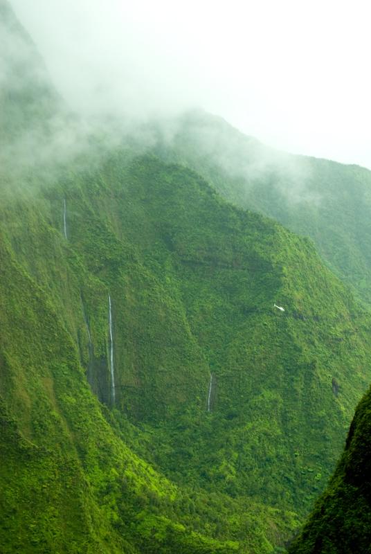 2129888341 5d3ec1182c o Стена слез: водопад Хонокохау на Гавайях