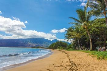 Несколько сотен человек эвакуировали на Гавайях из-за вероятности взрыва
