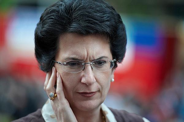 Бурджанадзе призвала Украину отказаться от антироссийских проектов