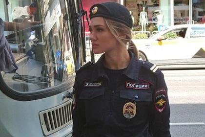 «Ангел» московской полиции на митинге очаровала мужчин