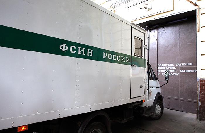 «Глушилки» в борьбе с коррупцией: ФСИН хочет заблокировать сотовую связь в тюрьмах