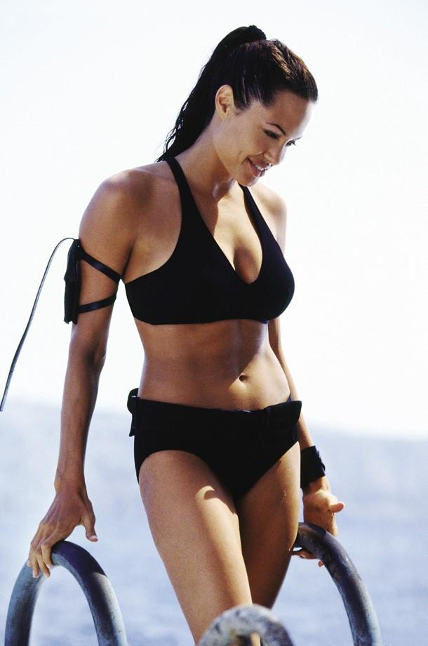swimsuit14 Ретрошик: 20 легендарных купальников из кино