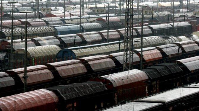 900 вагонов военной техники спешат из Германии «на войну с Россией»