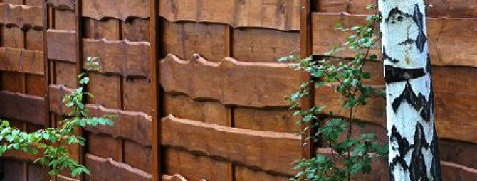 Как я строил деревянный забор с откатными воротами