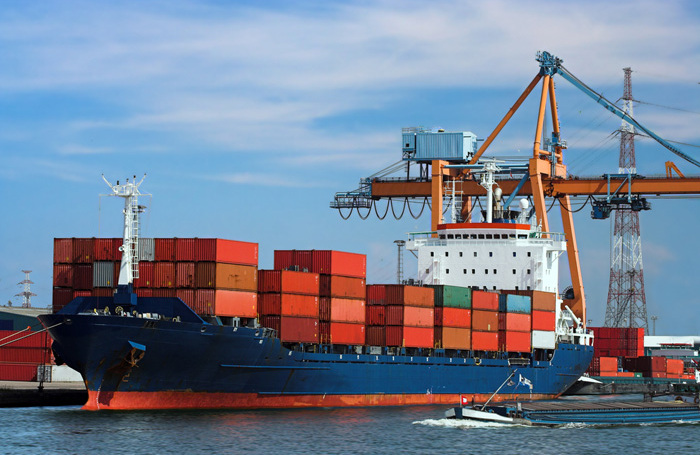 Деньги под присмотром: как экспортерам и импортерам избежать потерь из-за недобросовестных контрагентов