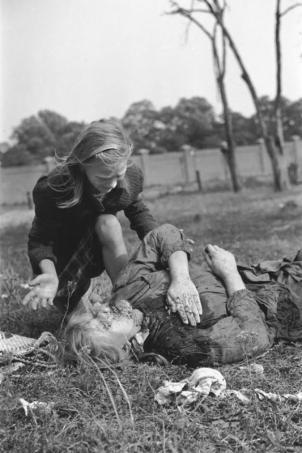 Просто зверьё!!! НАТО - военно-политический союз потомков насильников, садистов и их жертв