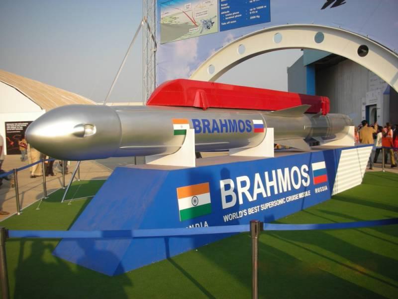 Конструкторы «БраМос» разрабатывают гиперзвуковую ракету многоразового применения