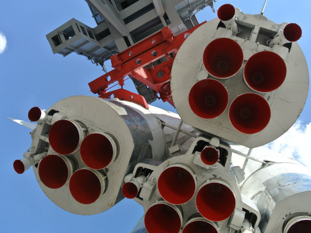 В «Роскосмосе» уволили из космонавтов троих человек