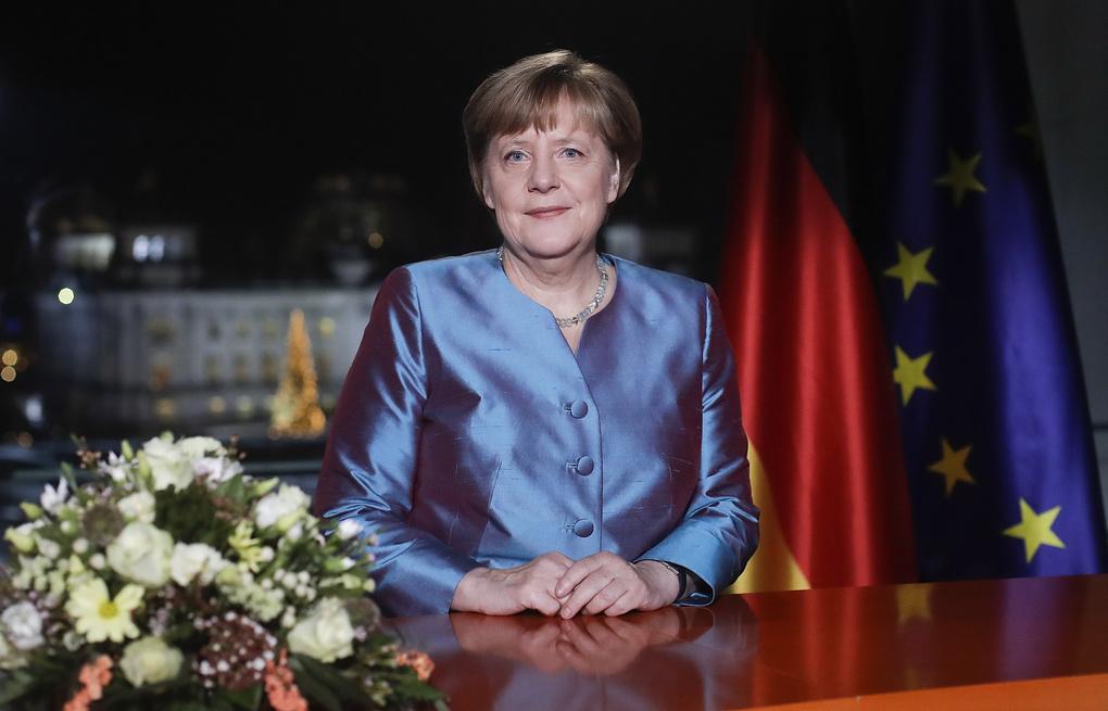 Меркель пообещала не переселять россиян из Калининградской области