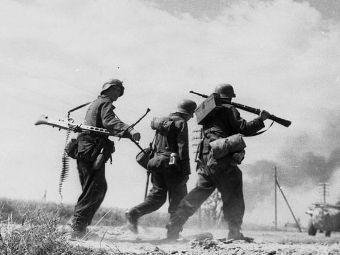 """Пехотинцы дивизии """"Великая """". СССР. 1943 год. Фото Bundesarchiv"""