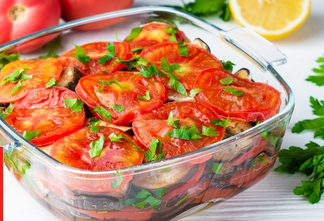 Вкуснотища из помидорчиков и баклажанов! Съедается до последнего кусочка!