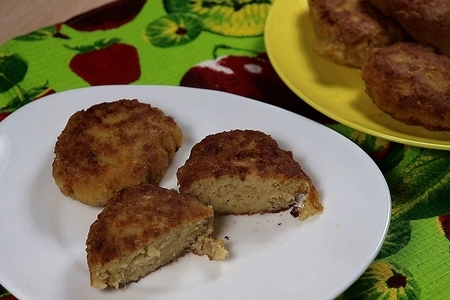 Фото к рецепту: Рыбные котлеты сочные