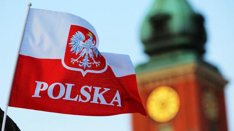 Срез недели: Чехия и Польша готовят приезжим украинцам облавы и аресты