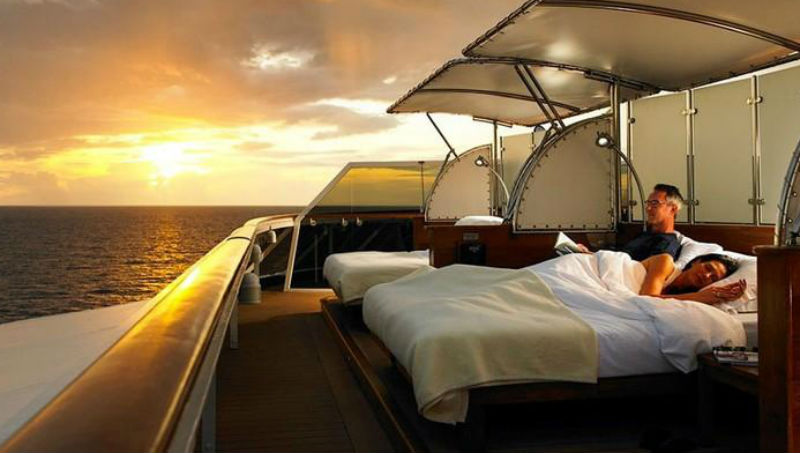 The World: путешествие на круизном лайнере не выходя из дома