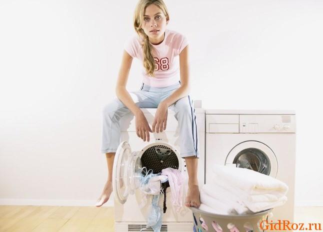 Картинки по запросу Как отстирать пятна от дезодоранта и пота с одежды?