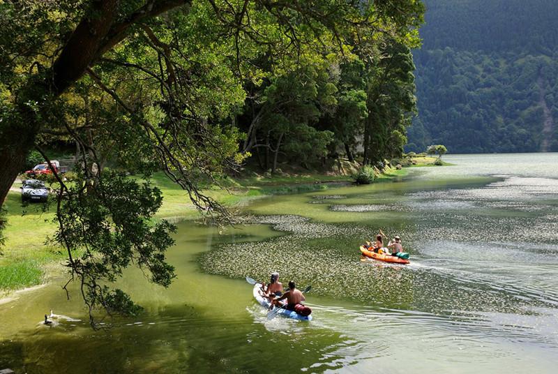 Весь покрытый зеленью остров Сан-Мигель, путешествие