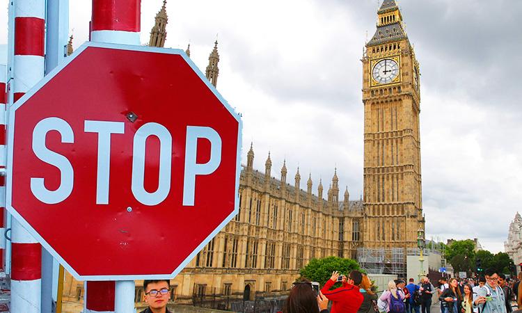 Лондон объявил дату закрытия границы