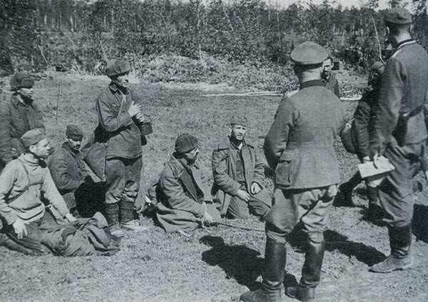 Гибель Второй ударной армии: как генерал Власов попал в плен