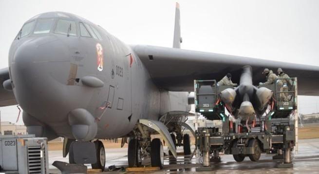 Ракеты для ВВС США: новое, это хорошо покрашенное старое