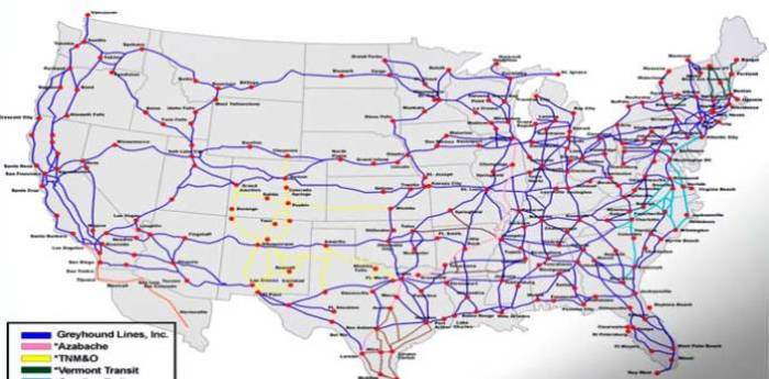 Много дорог построено в Америке.