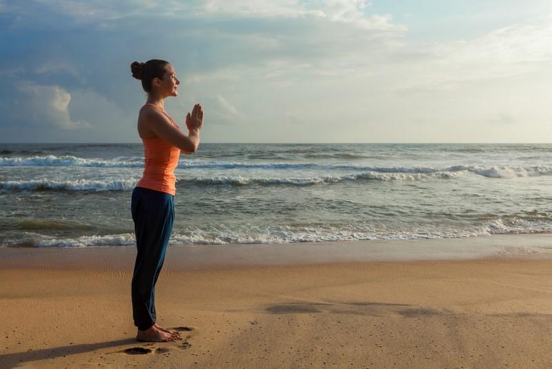 асаны из йоги для начинающих