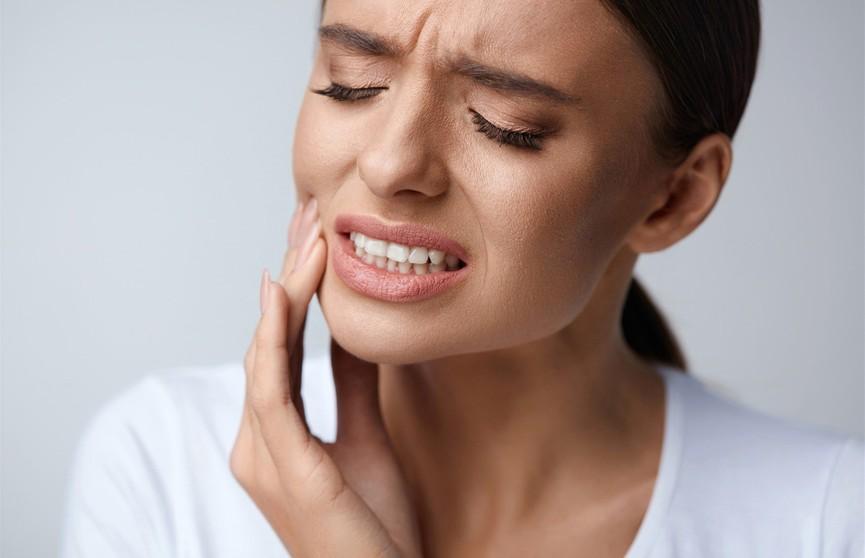 Скорая помощь при зубной боли: медикаменты и народные средства