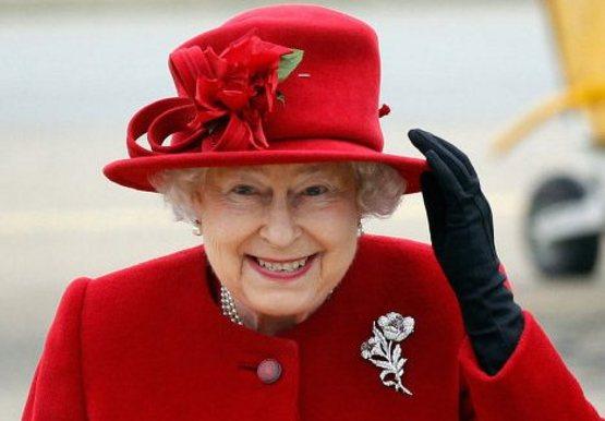 Елизавета II впервые написала  в Twitter