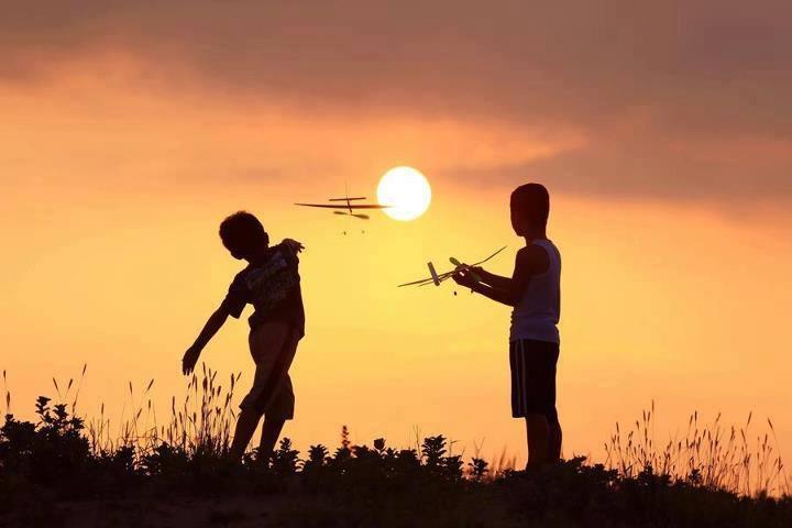 уметь ребенка с первых минут его жизни потихоньку от себя отпускать — это и есть любовь.