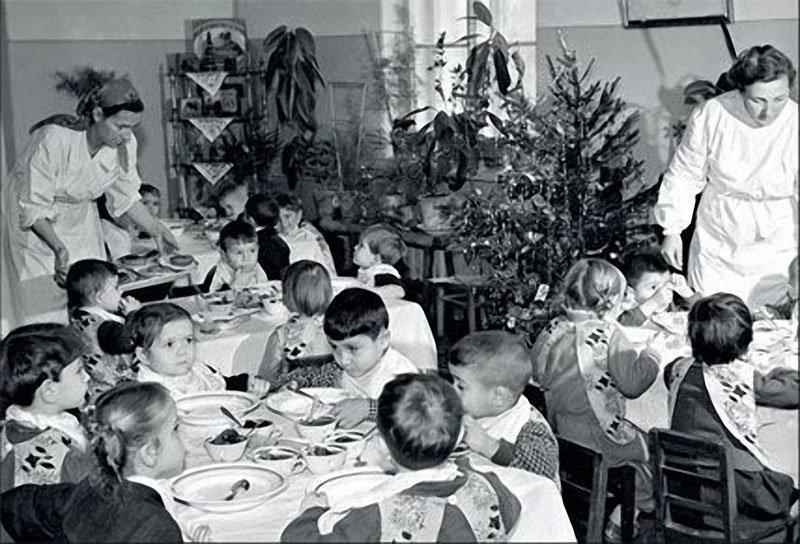 Клуб недоедальцев и пострадальцев от Совка